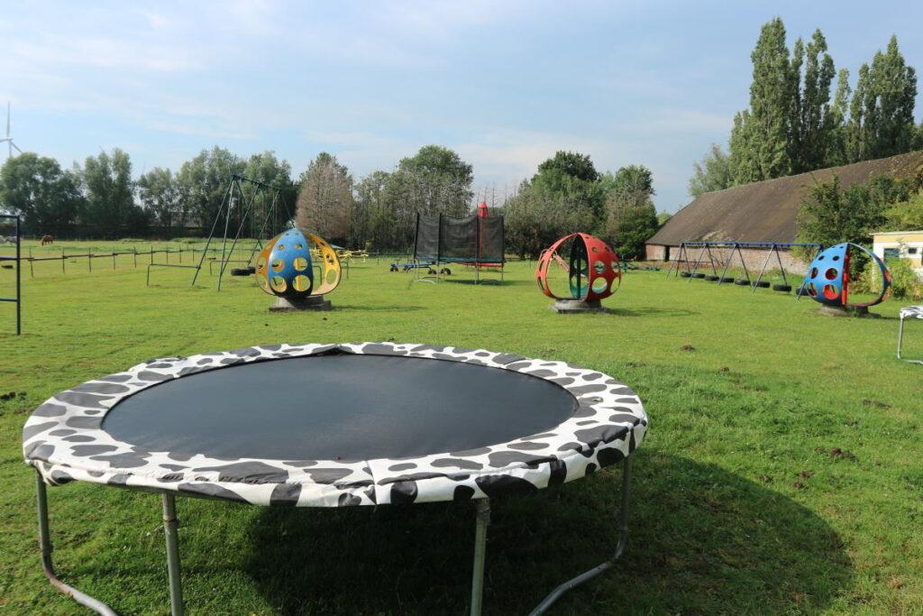 Speeltuin trampoline